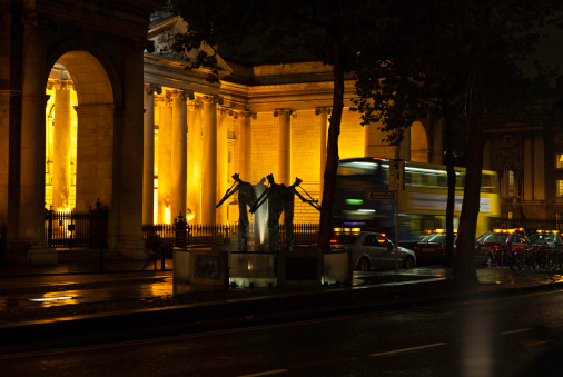 Boulevard「Evening scene in downtown Dublin」:スマホ壁紙(4)
