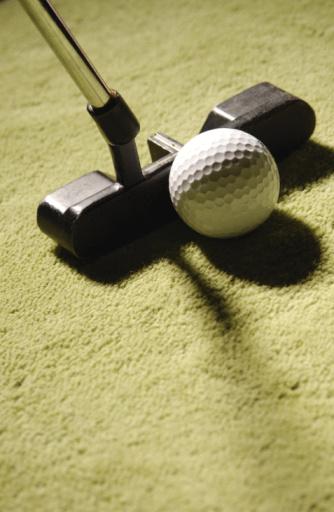 Putting - Golf「Putter and golf ball」:スマホ壁紙(15)