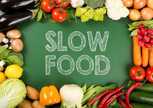 遅い「新鮮なオーガニック野菜には、「スローフード」のサイン」:スマホ壁紙(14)