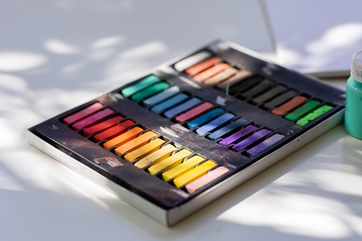 Chalk - Art Equipment「Artist's Oil Pastels」:スマホ壁紙(16)
