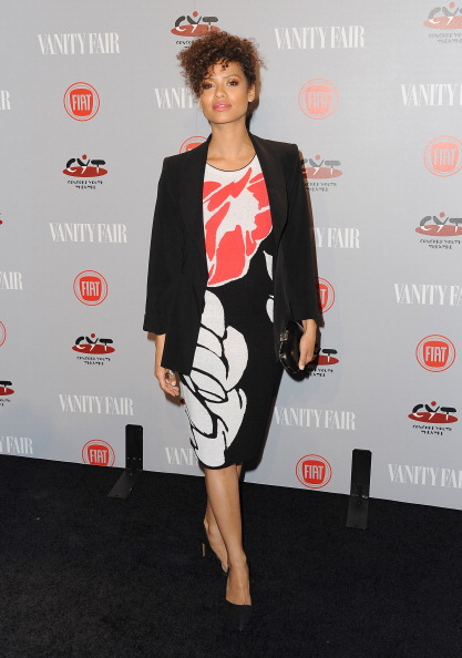 Clutch Bag「Vanity Fair Campaign Hollywood Young Hollywood Party Sponsored By Fiat - Arrivals」:写真・画像(8)[壁紙.com]
