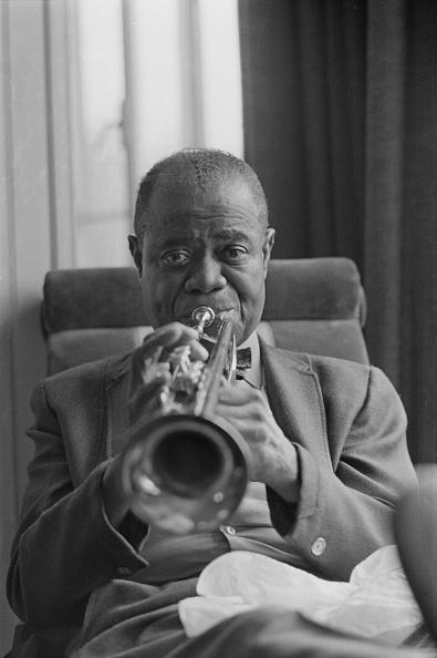 楽器「Louis Armstrong」:写真・画像(7)[壁紙.com]