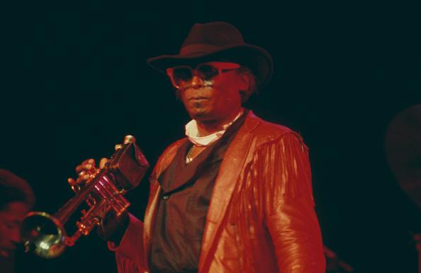 楽器「Miles Davis On Stage」:写真・画像(1)[壁紙.com]
