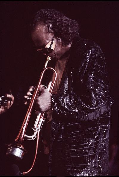 マイルス デイヴィス「Miles Davis」:写真・画像(4)[壁紙.com]