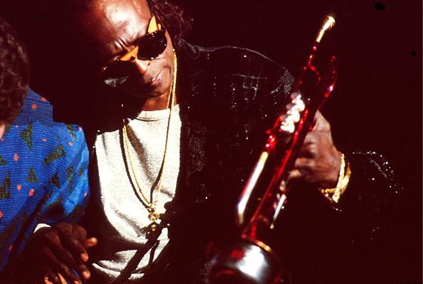 マイルス デイヴィス「Miles Davis」:写真・画像(2)[壁紙.com]