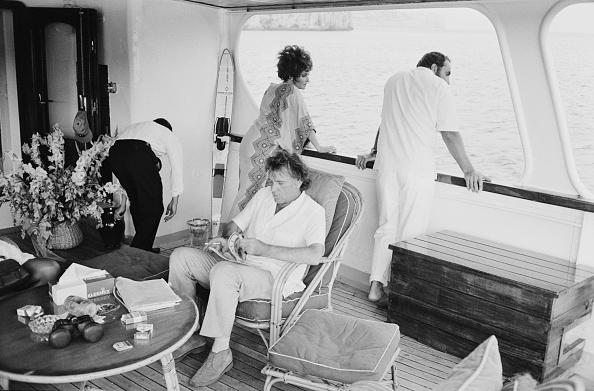 船・ヨット「Burton And Taylor」:写真・画像(6)[壁紙.com]