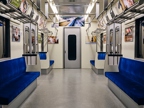 Japanese Culture「Empty Japanese Subway Train」:スマホ壁紙(7)