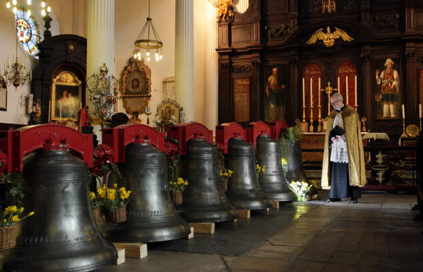 Bell「Bells Will Be Heard At St Magnus For The First Time Since World War II」:写真・画像(11)[壁紙.com]