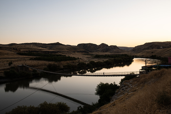 Wire Rope「The Ancient City Of Hasankeyf Is Flooded By A Dam To Make A Reservoir For Hydroelectric Power」:写真・画像(16)[壁紙.com]