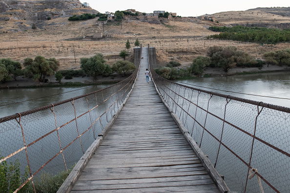 Wire Rope「The Ancient City Of Hasankeyf Is Flooded By A Dam To Make A Reservoir For Hydroelectric Power」:写真・画像(18)[壁紙.com]