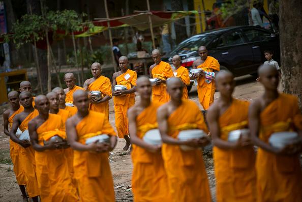 Bangladesh「Bangladeshis Celebrate Buddha's Birthday At Cox's Bazar」:写真・画像(5)[壁紙.com]
