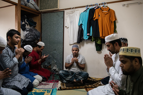 Eid-Ul-Fitr「Bangladeshi Muslims Celebrate Eid In Japan As Concern Grows Over Economic Fallout From Covid-19」:写真・画像(19)[壁紙.com]