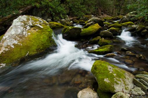 Roaring Fork River「Angled rocks in The Roaring Fork River.」:スマホ壁紙(16)