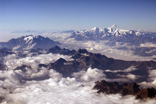Himalayas「Eastern Himalayan Peaks Rising above Clouds」:スマホ壁紙(16)