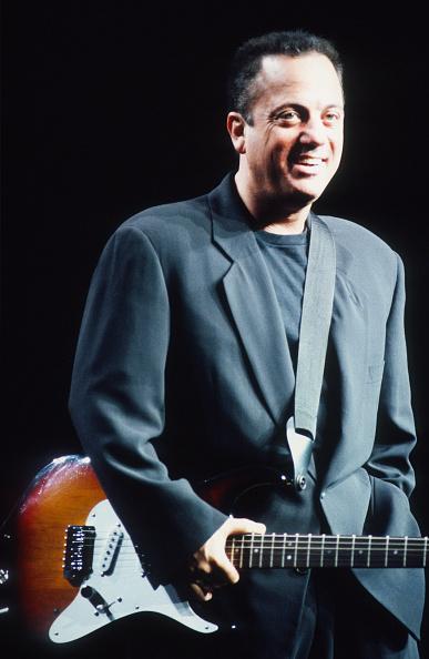 爪弾く「Billy Joel」:写真・画像(18)[壁紙.com]