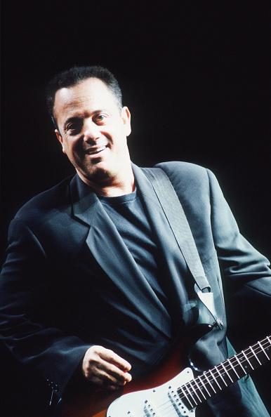 爪弾く「Billy Joel」:写真・画像(13)[壁紙.com]