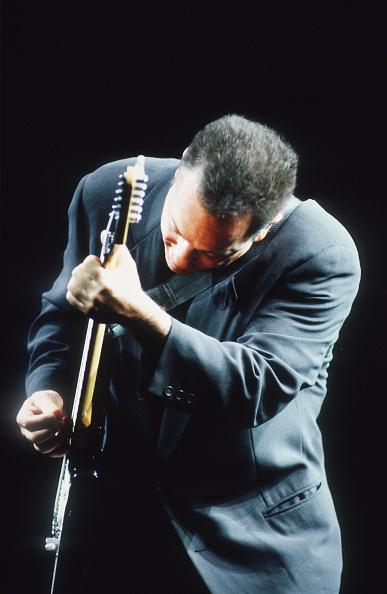 爪弾く「Billy Joel」:写真・画像(17)[壁紙.com]