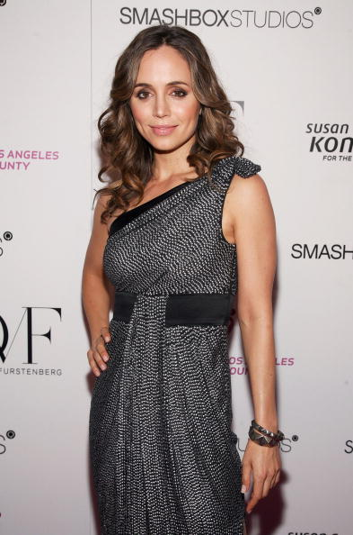 Eliza Dushku「Susan G. Komen's 8th annual Fashion For The Cure」:写真・画像(17)[壁紙.com]