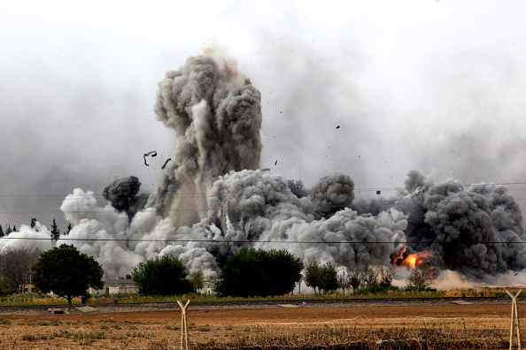 Ayn al-Arab「Syrian Kurds Battle IS To Retain Control Of Kobani」:写真・画像(15)[壁紙.com]