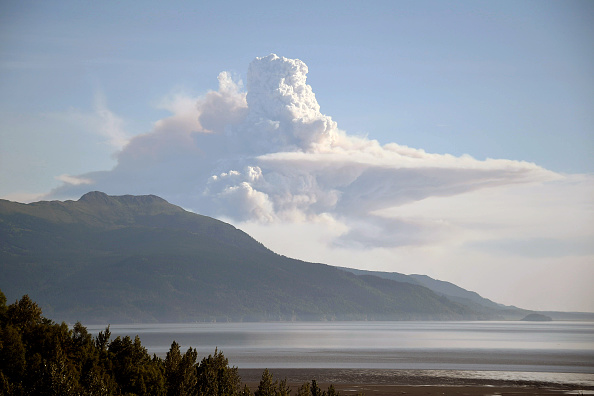 Mountain「Record-Breaking Heatwave Hits Alaska For Fourth Of July Weekend」:写真・画像(19)[壁紙.com]