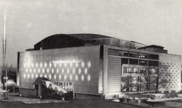 Royal Festival Hall「Royal Festival Hall, London, 1951.」:写真・画像(8)[壁紙.com]