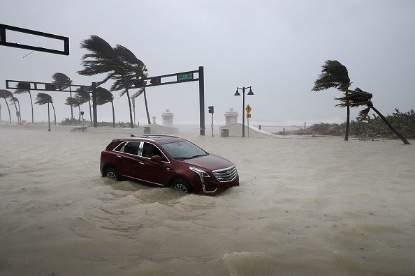 Hurricane - Storm「Powerful Hurricane Irma Slams Into Florida」:写真・画像(13)[壁紙.com]