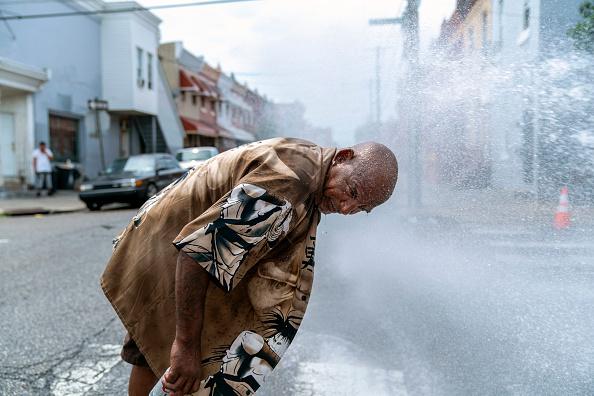 Philadelphia - Pennsylvania「Philadelphia Swelters Amid East Coast Heatwave」:写真・画像(6)[壁紙.com]