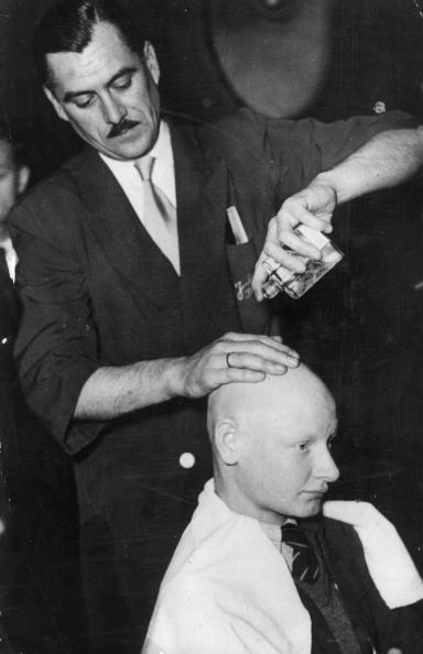 Completely Bald「Baldness Cure」:写真・画像(3)[壁紙.com]