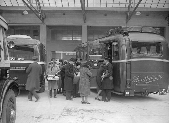 Mode of Transport「Coach Station」:写真・画像(0)[壁紙.com]