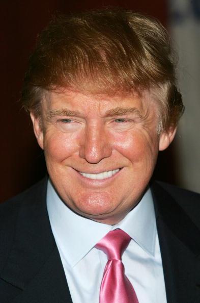 笑顔「Celebrity Roast Luncheon With Donald Trump」:写真・画像(17)[壁紙.com]