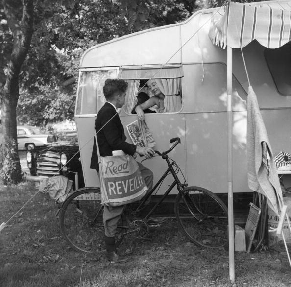 Camping「Paper Boy」:写真・画像(16)[壁紙.com]