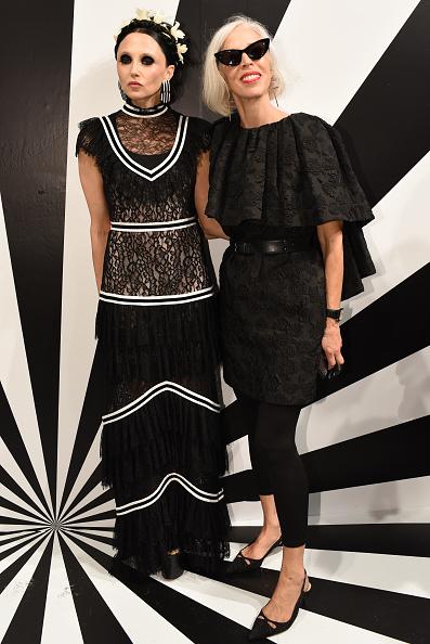 Linda Fargo「Alice + Olivia by Stacey Bendet - Arrivals - September 2018 - New York Fashion Week: The Shows」:写真・画像(10)[壁紙.com]