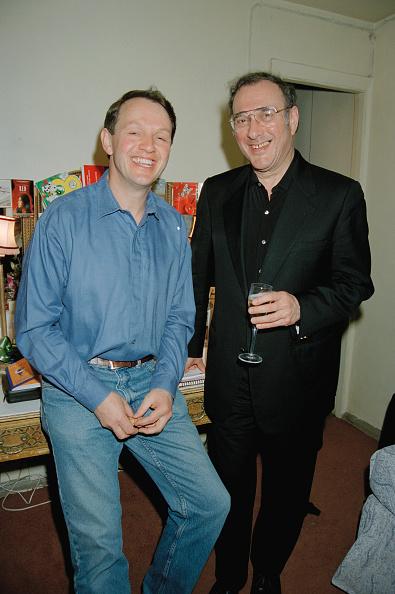 Crockery「Two Happy Men」:写真・画像(1)[壁紙.com]