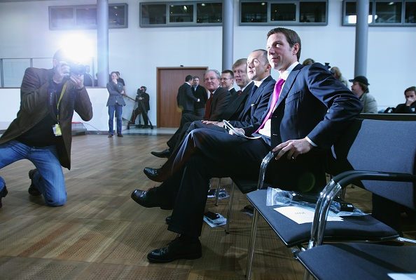 Conference Phone「T-Mobile Gets iPhone Germany Contract」:写真・画像(19)[壁紙.com]