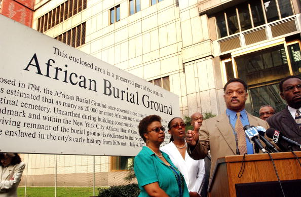 Place of Burial「Day Of Prayer At African Burial Ground」:写真・画像(1)[壁紙.com]