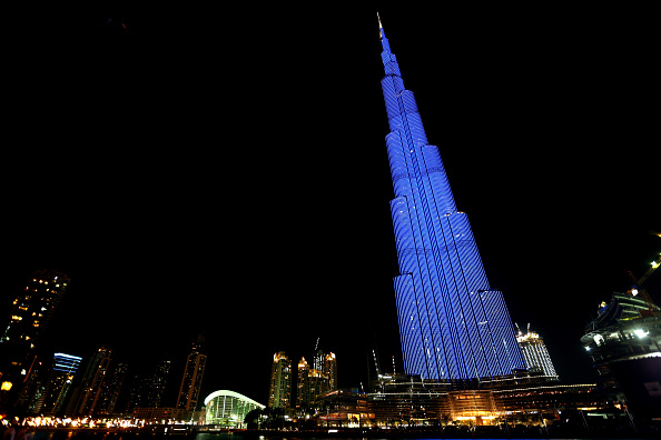 World Autism Awareness Day「World Landmarks Light It Up Blue for World Autism Awareness Day 2016」:写真・画像(15)[壁紙.com]