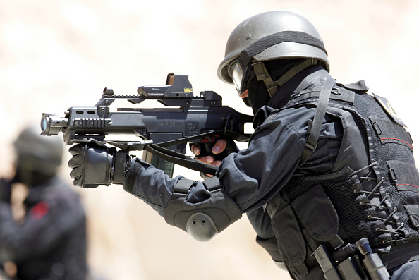 Risk「Jordanian Anti-Terrorism Special Operations Unit Train」:写真・画像(2)[壁紙.com]