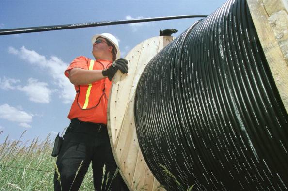 Fiber「Fiber-optic cable」:写真・画像(0)[壁紙.com]