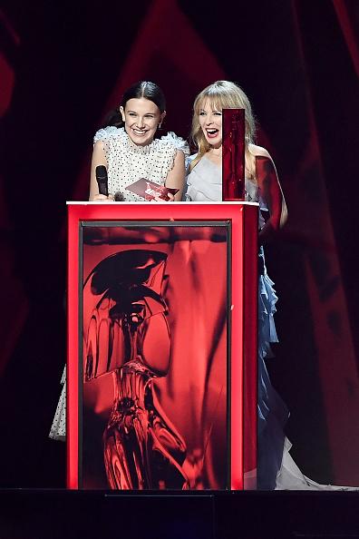 カイリー・ミノーグ「The BRIT Awards 2018 - Show」:写真・画像(2)[壁紙.com]