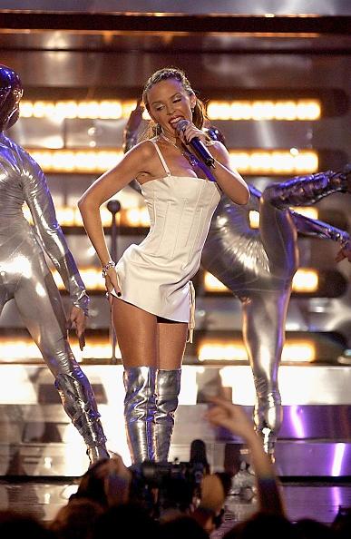 Dave Benett「The Brit Awards 2002」:写真・画像(15)[壁紙.com]