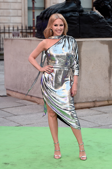 Kylie Minogue「The Royal Academy Of Arts Summer Exhibition - Preview Party Arrivals」:写真・画像(17)[壁紙.com]
