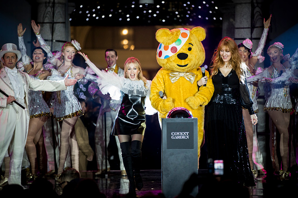 Tristan Fewings「Covent Garden Christmas Lights Switch On」:写真・画像(2)[壁紙.com]
