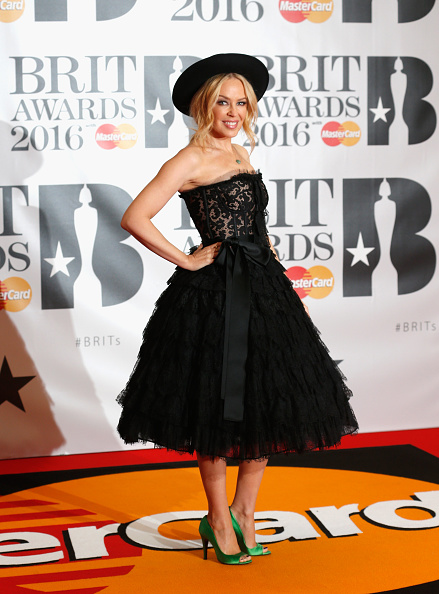 Kylie Minogue「Brit Awards 2016 - Red Carpet Arrivals」:写真・画像(9)[壁紙.com]