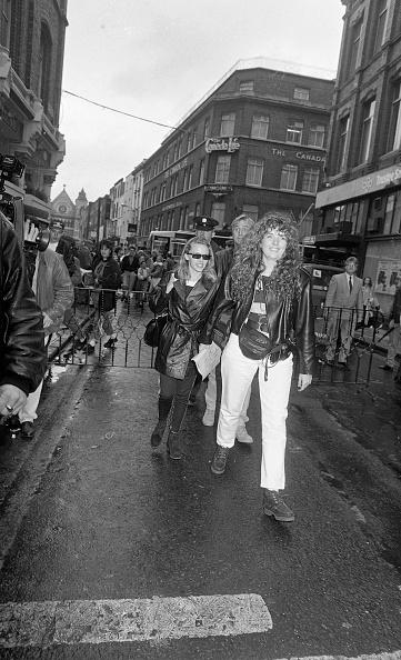 到着「Kylie Minogue in Dublin 1990」:写真・画像(18)[壁紙.com]