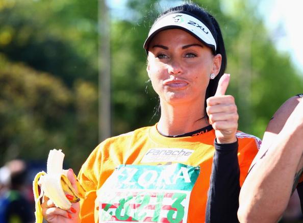 Orange - Fruit「Celebrities Compete In The London Marathon 2009」:写真・画像(17)[壁紙.com]