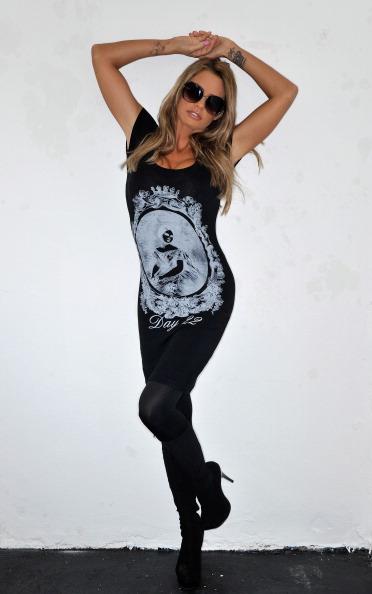 Hosiery「Katie Price Launches Her New Fashion Range - Day22」:写真・画像(17)[壁紙.com]