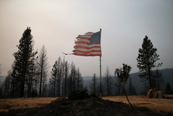 Bad Condition「California's King Fire Continues To Burn, Scorching Over 70,000 Acres」:写真・画像(8)[壁紙.com]