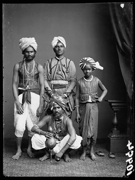 Indian Subcontinent Ethnicity「Indian Conjurors」:写真・画像(12)[壁紙.com]