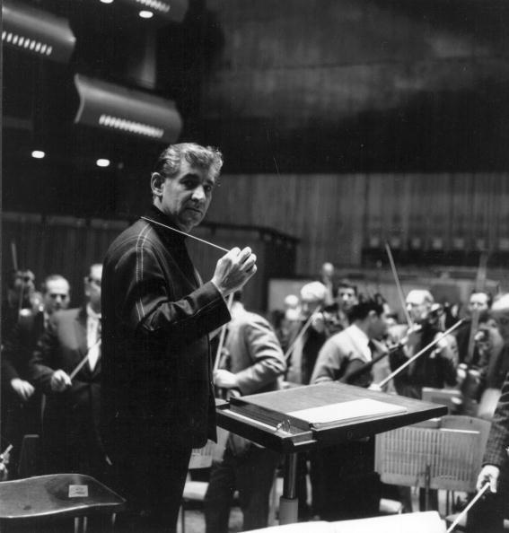 Conductor's Baton「Leonard Bernstein」:写真・画像(17)[壁紙.com]