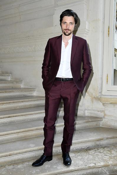 Purple Pants「Valentino : Front Row  - Paris Fashion Week - Menswear Spring/Summer 2017」:写真・画像(4)[壁紙.com]